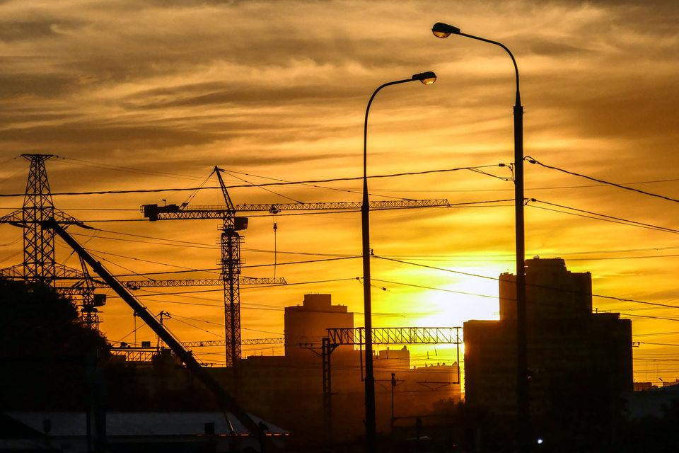 Ввод жилья в Москве сокращается