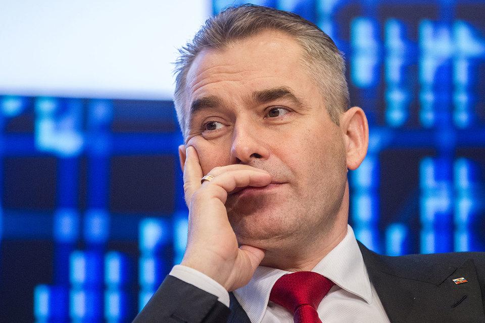 Павел Астахов покинет пост уполномоченного по правам ребенка, подтвердил Кремль