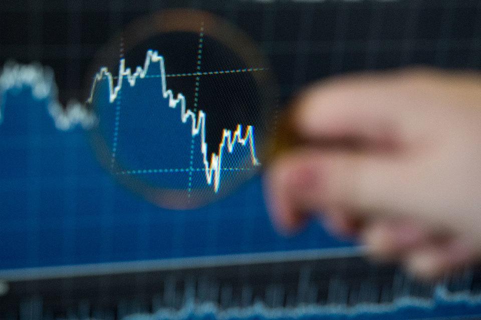 Сейчас финансовые аналитики с трехлетним опытом работы могут рассчитывать на зарплату в 100 000–200 000 руб