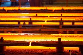 Источники «Ведомостей», близкие к компаниям, утверждают, что НЛМК поставил в Европу в прошлом году около 150 000 т горячекатаного проката
