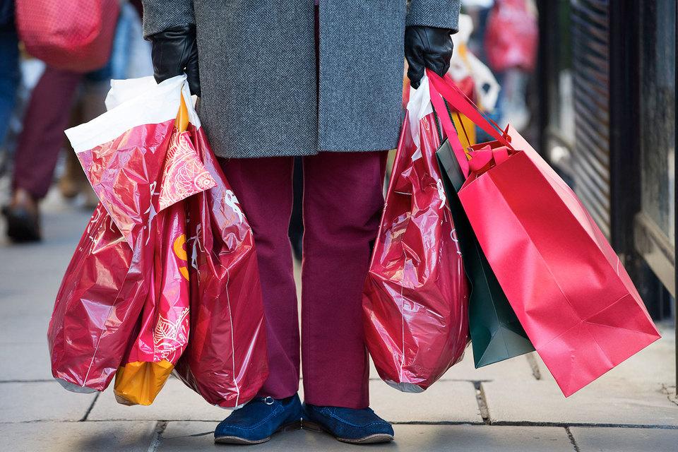 Россияне вроде бы исправили покупательское поведение, но привычек к дешевым продуктам не бросили