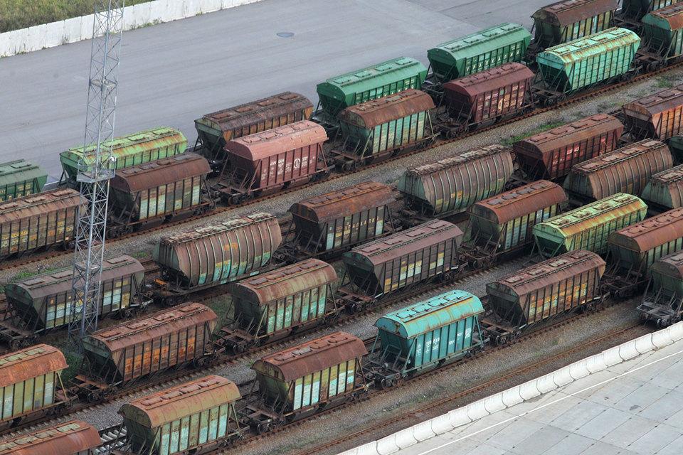 Запрет на перевозки в старых вагонах не поддержал продажи новых