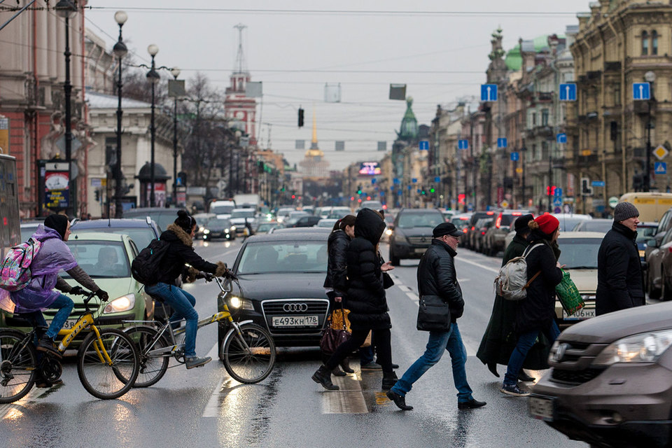 Аренда на Невском стоит от 7500 до 12 500 руб за 1 кв. м в месяц