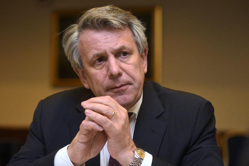 Главный исполнительный директор Royal Dutch Shell plc Бен ван Берден