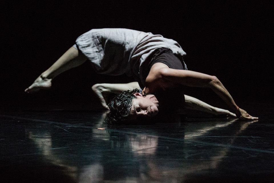 Бывшая артистка Нидерландского театра танца Селия Амад показала собственную работу «Путь паломника»