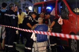 В результате теракта в Ницце погибли не менее 70 человек