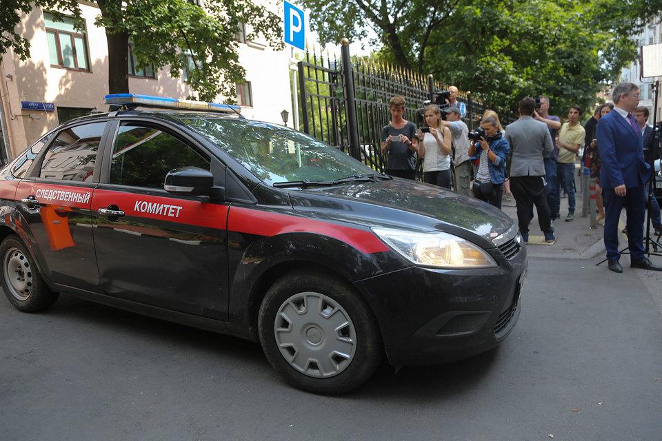 В нескольких кабинетах ГСУ СКР по Москве проводятся выемки документов