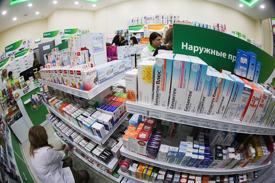 Сами аптечные сети не собираются замораживать свое развитие