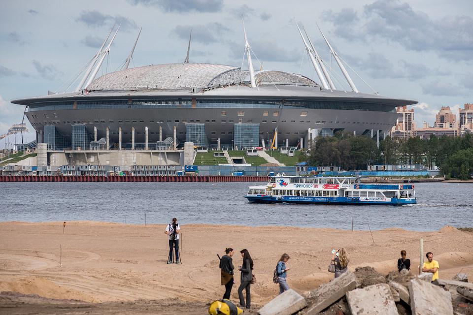 Генподрядчик полностью остановил строительство стадиона