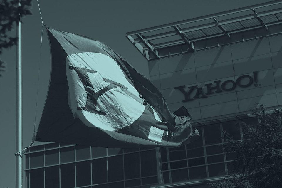 Yahoo начала работать в интернете очень давно – в 1994 г.