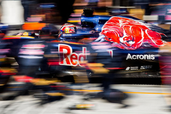 Acronis и «Новые облачные технологии» спонсируют команды Formula 1