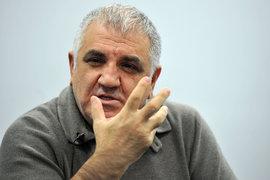 Габрелянов издавал «Известия» с середины 2011 г.