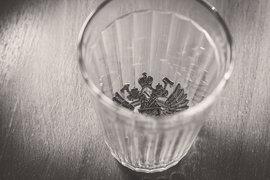 Государство планирует снизить потребление алкоголя вообще, одновременно уменьшая долю крепкого алкоголя в общем объеме выпиваемого