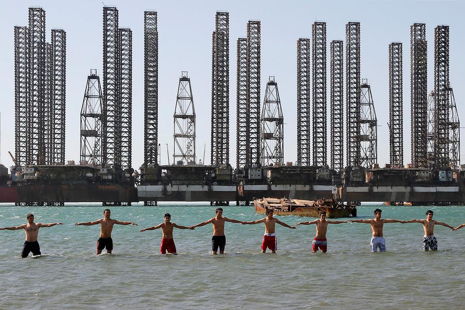 Некоторые крупные и мелкие производители воспользовались ростом цен на нефть, чтобы увеличить добычу