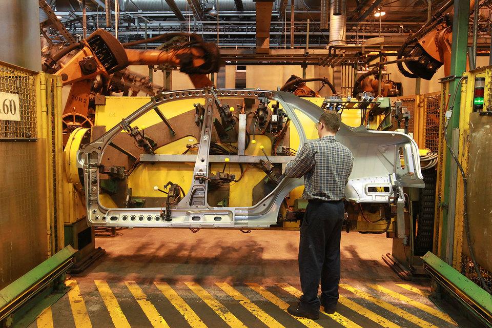 «АвтоВАЗ» надеется за два года удешевить производство автомобилей