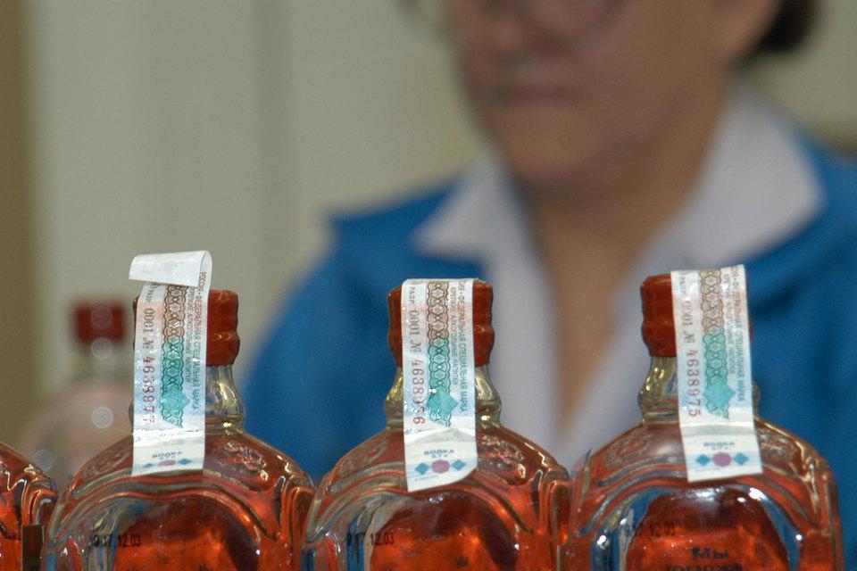 Спустя месяц работы ЕГАИС в рознице считывается почти 100% акцизных марок на кассах