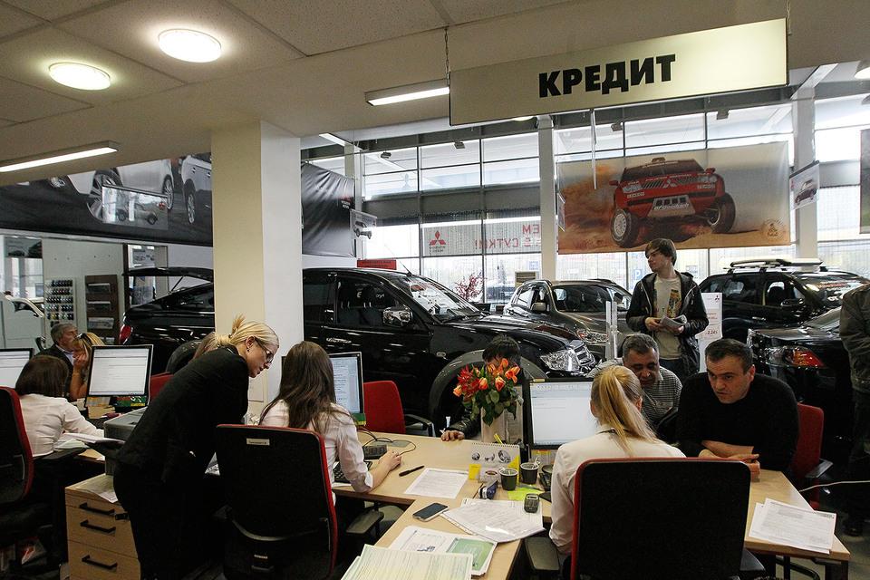 Клиентов больше интересуют автомобили с пробегом