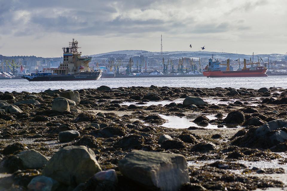 Рубль ударит  по портам