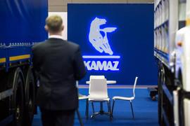 Чувствовать себя лучше рынка «Камазу» помимо господдержки помогает девальвация рубля