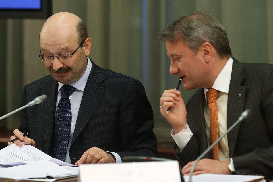 Раньше основной рост розничного кредитования обеспечивал Сбербанк (его президент Герман Греф справа),  а теперь – «ВТБ24» (слева его президент Михаил Задорнов)