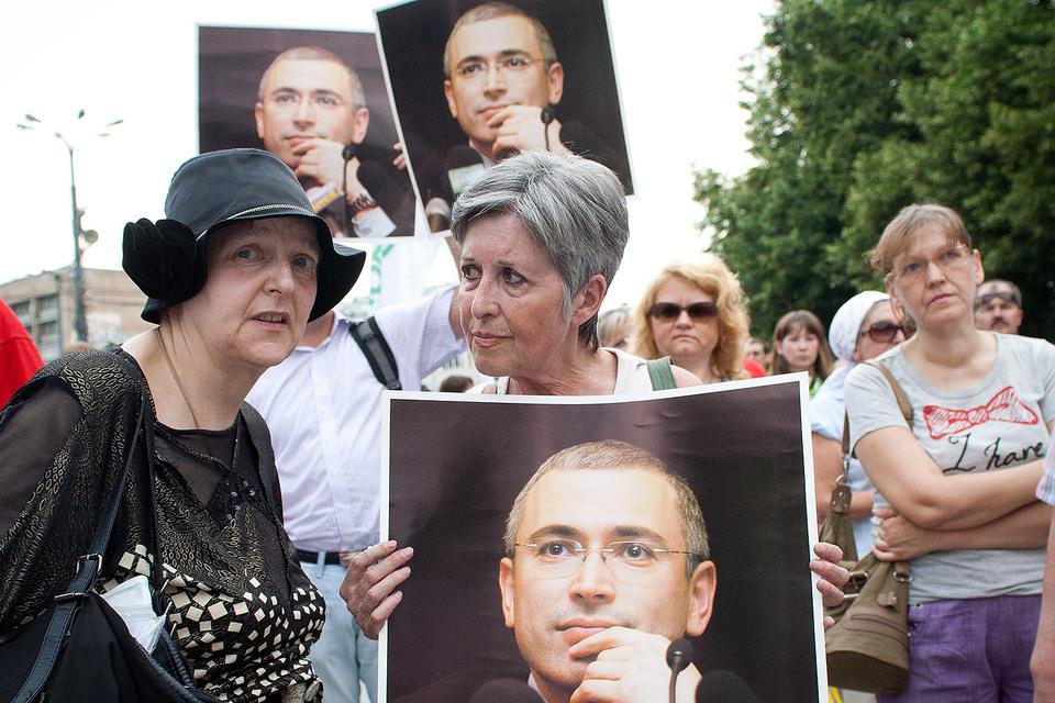 Почти все кандидаты, которым оказал поддержку Михаил Ходорковский, получили регистрацию на выборах в Госдуму
