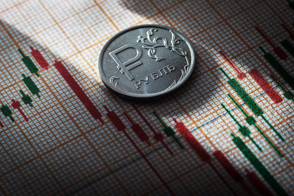 Основным стимулом оживления экономики станут более высокие цены на нефть, говорится в обновленном прогнозе ВЭБа