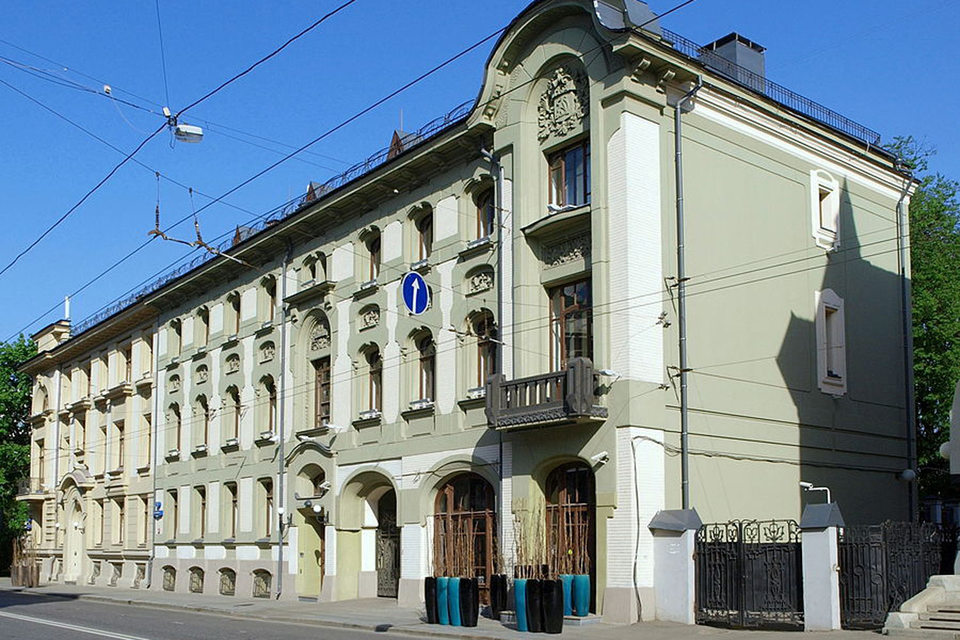 У дома архитектора Льва Кекушева на Остоженке новые владельцы
