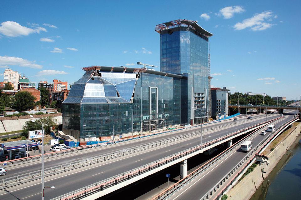 ВТБ хочет выручить за недостроенный Sheraton в Ростове-на-Дону не менее 5,9 млрд руб.