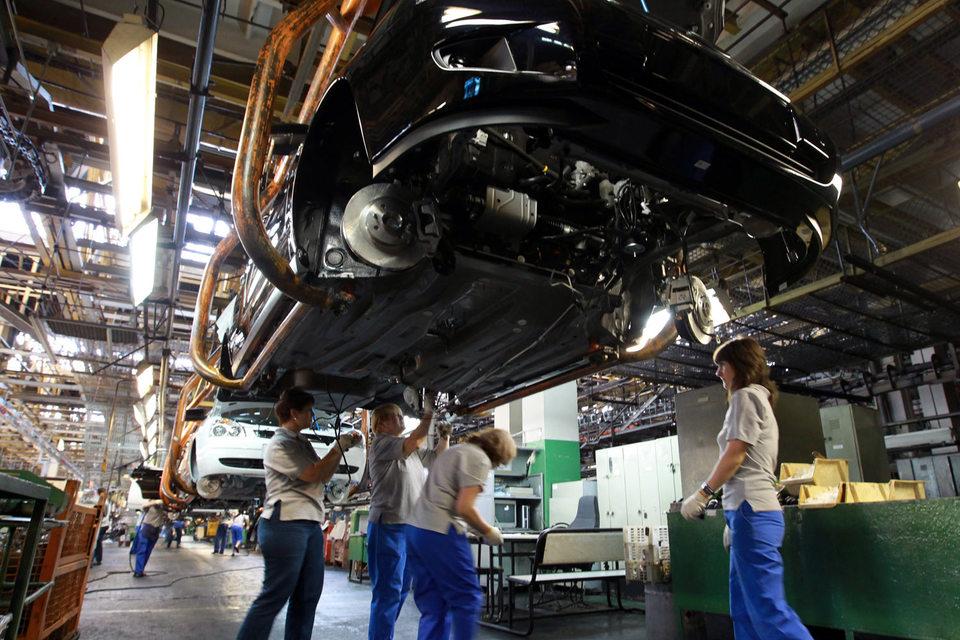 «АвтоВАЗ» второй раз за год вводит режим неполного рабочего времени