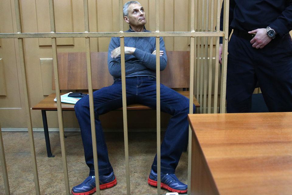 Экс-губернатор Александр Хорошавин готов побороться за изъятое у него имущество