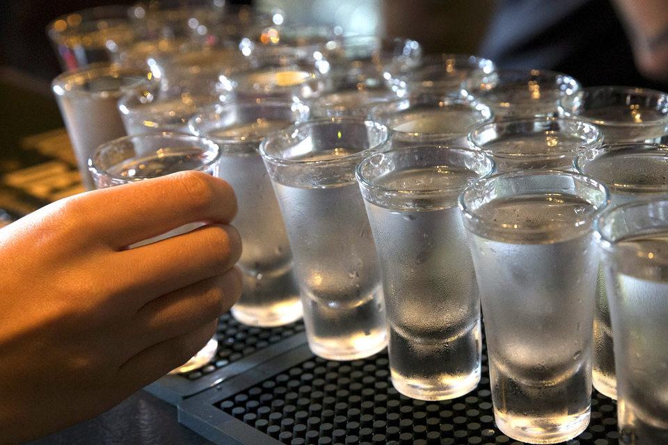 Все водочные бренды Рустама Тарико могут влиться в один холдинг