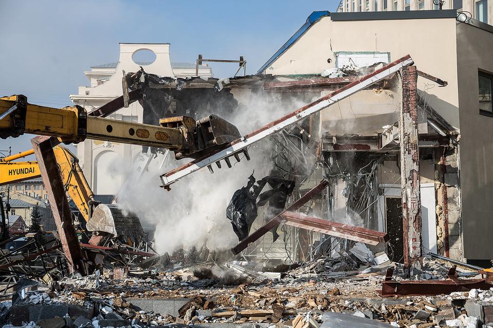 В феврале 2016 г. в Москве были снесены 104 постройки на самых оживленных улицах
