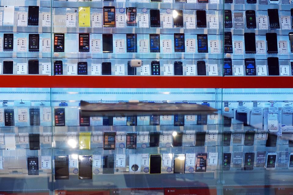 Россияне покупают смартфоны, несмотря на кризис
