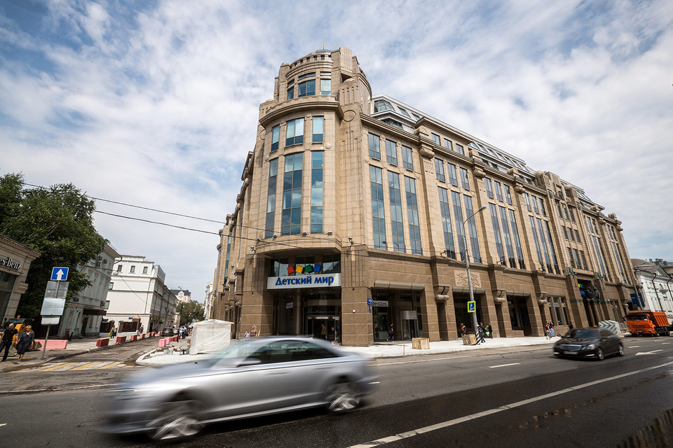 Структура Дмитрия Рыболовлева нашла нового арендатора в центр «Военторг» на Воздвиженке