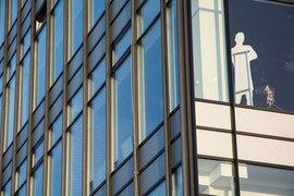 Крупнейшие российские компании платят гендиректорам более щедрые оклады и премии, нежели американские и европейские компании сопоставимой капитализации