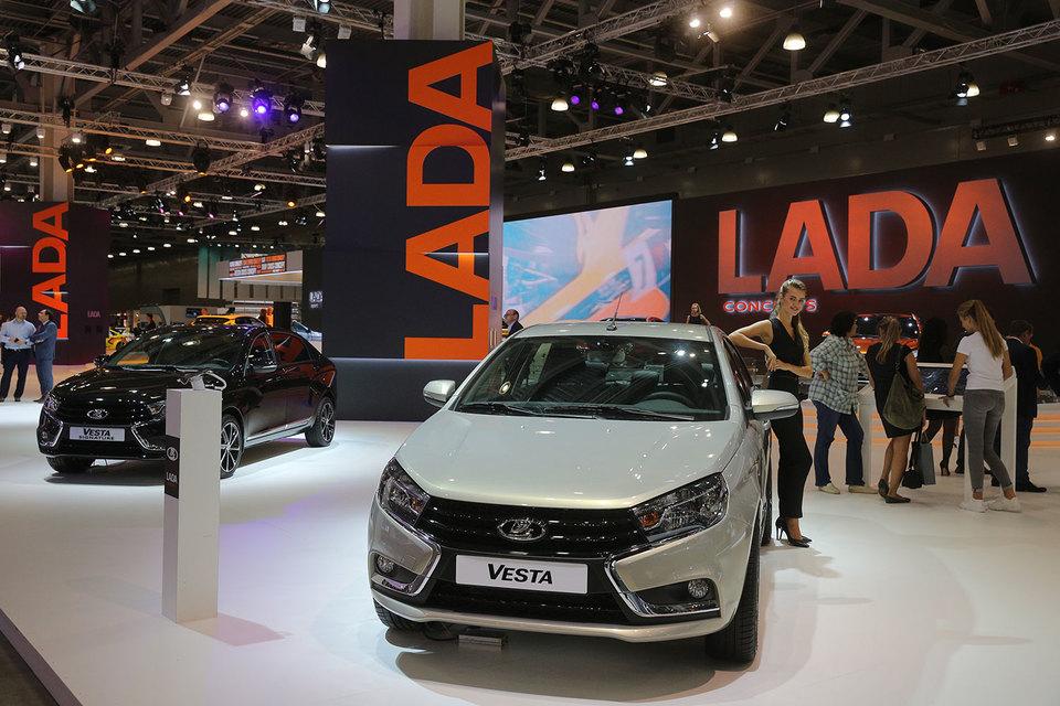 Ижевский автозавод улучшил прогноз по производству – выпуск превысит показатели 2015 г. почти на треть. Заводу помогает высокий спрос на Lada Vesta