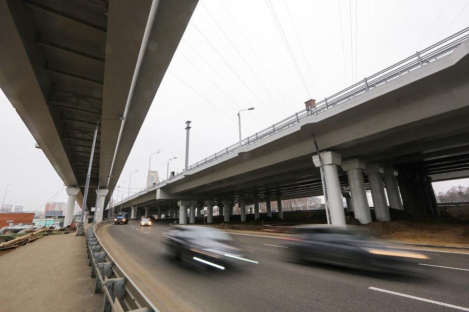 Одну из самых крупных новых автотрасс Москвы – Северо-Восточную хорду могут сделать целиком платной, хотя частный концессионер – УК «Лидер» построит немногим более ее трети