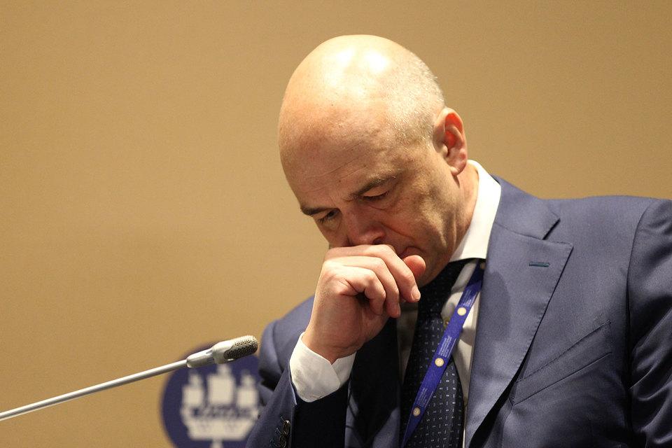 Министр финансов Антон Силуанов прикидывает, откуда взять денег