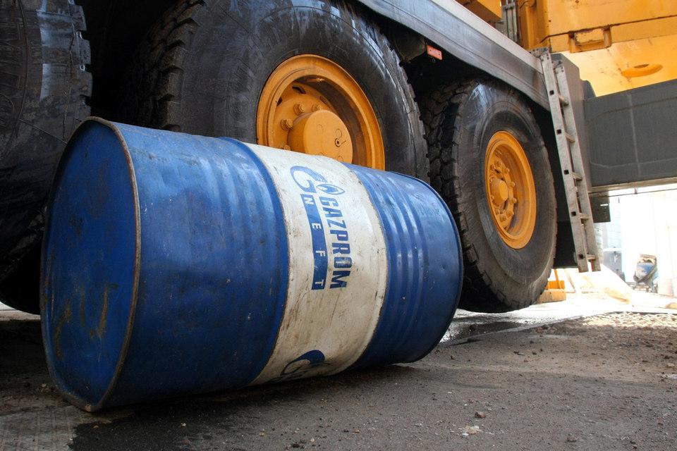 Государственная транспортная лизинговая компания намерена купить плавучее хранилище нефти, которое использует «Газпром нефть»