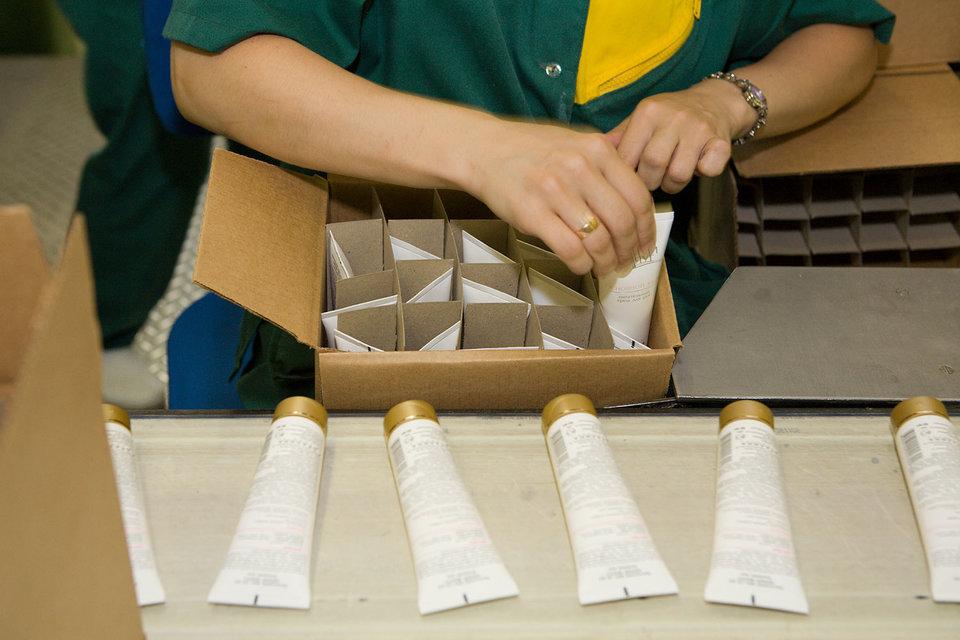 Unilever пришлось изменить информацию на упаковках крема «Черный жемчуг»