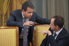 Министр связи Николай Никифоров (слева) и министр культуры Владимир Мединский могут больше не беспокоиться за свои диссертации и ученые степени