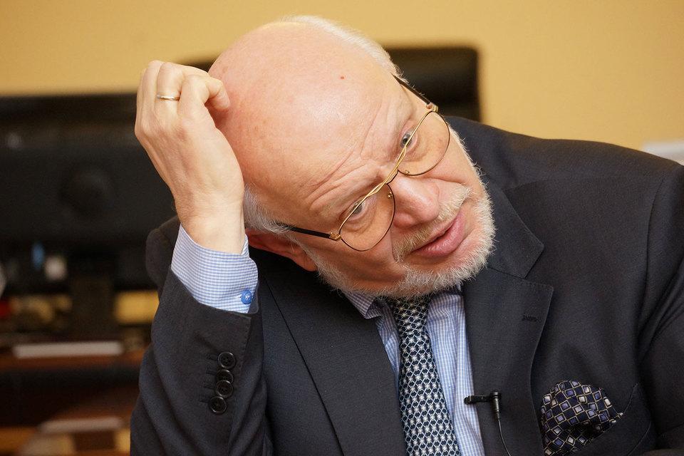 Федотов обратился в Роскомнадзор после того, как в совет обратилась томская медиагруппа «ТВ-2», рассказал он