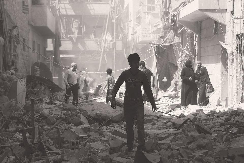 Война сровняла с землей множество городов и деревень и фактически расколола Сирию на куски