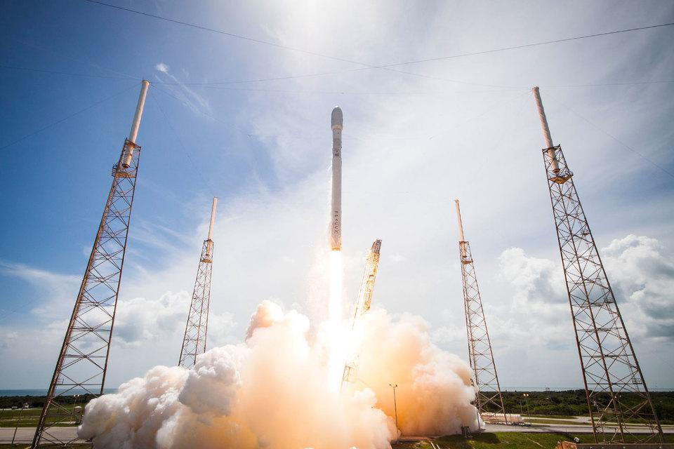 SpaceX надеется возобновить полеты Falcon 9 в ноябре