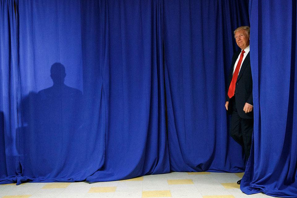 Дональд Трамп вышел из тени: болезнь Хиллари Клинтон заставила валютных трейдеров начать анализировать связанные с ним риски