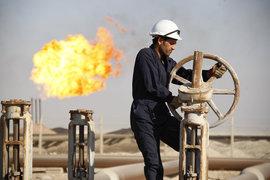 Способность Exxon избежать списаний и связанных с ними убытков помогла ей показывать более хорошие результаты, чем у конкурентов, после начала падения цен