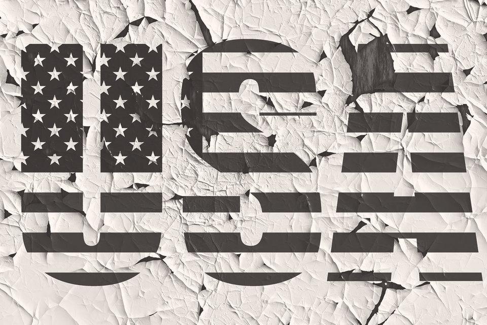 Значительное число американцев уже подозревает, что результаты ноябрьских выборов могут быть сфальсифицированы