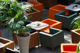 В среднестатистической Европе потребители тратят на еду и напитки в ТРЦ 474 евро