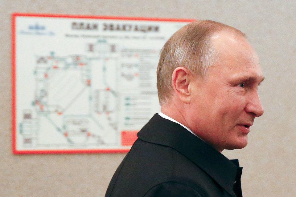Путин: Результат выборов - это реакция россиян на санкции и угрозы