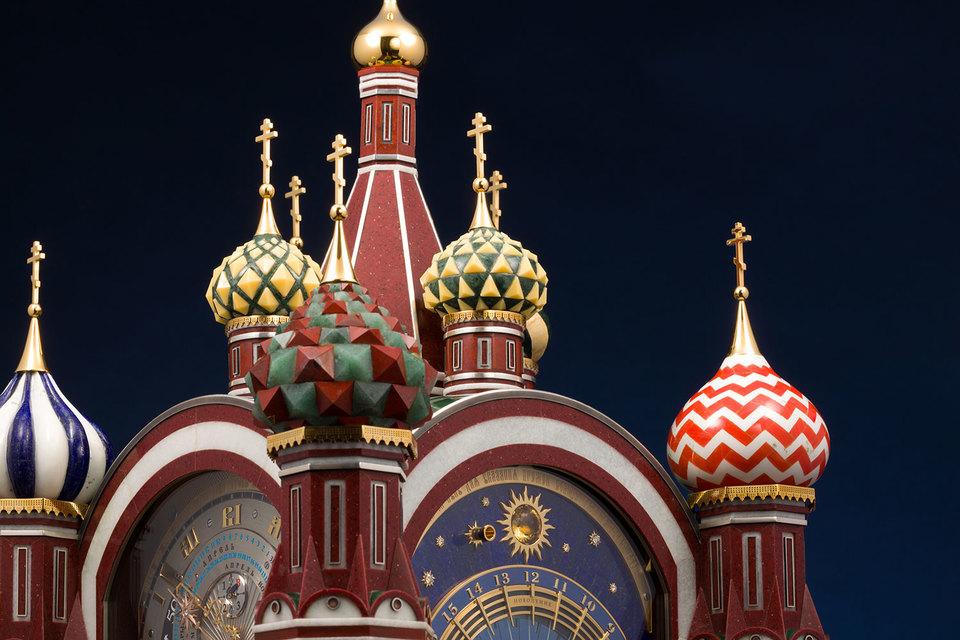 У новых самых сложных часов России «Московская Пасхалия» – 4 циферблата и 26 функций, механизм состоит из 2506 деталей и включает пять запатентованных устройств